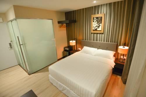 hazzana-boutique-hotel-seri-kembangan-taman-equine-putrajaya-cyberjaya-room
