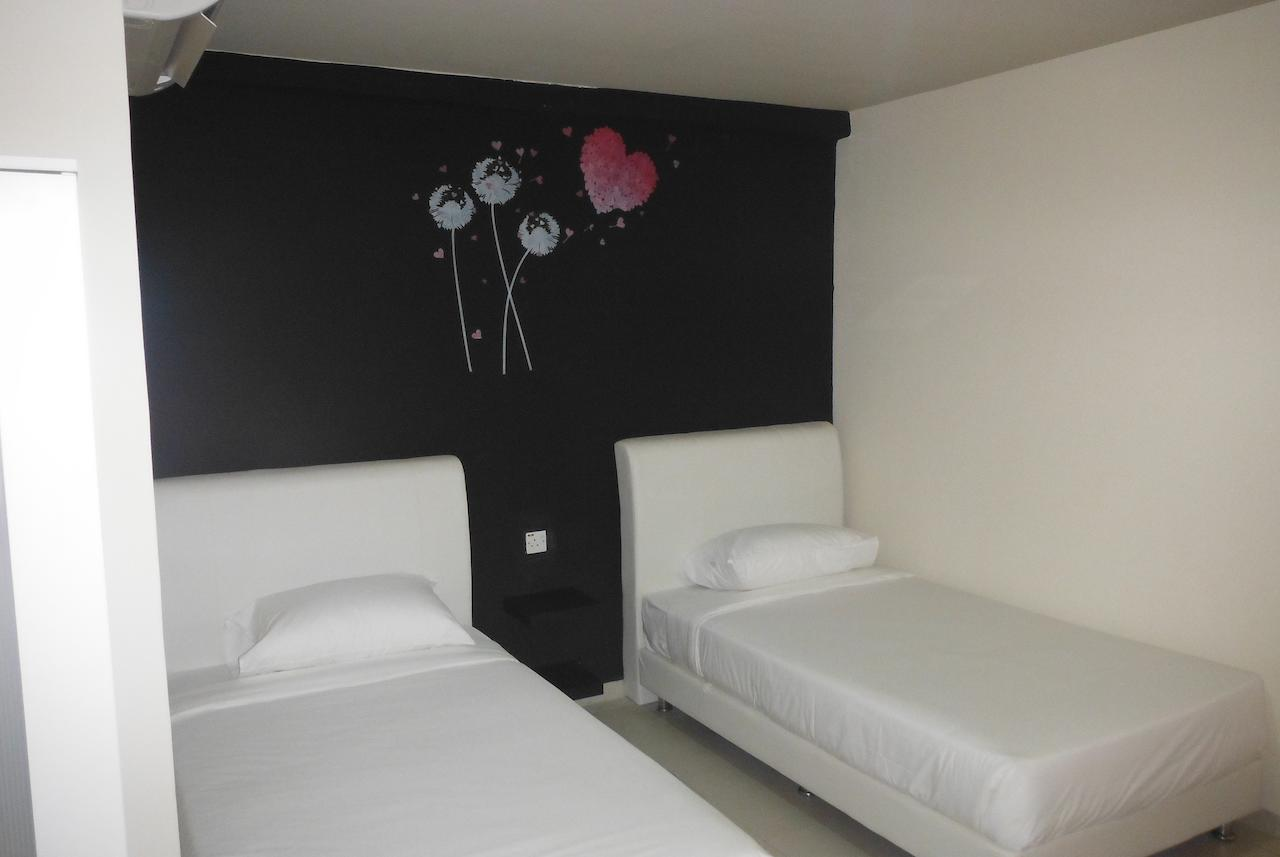 hotel-taman-equine-seri-kembangan-cyberjaya-wonderful-hotels-bilik-booking